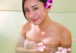 Ưu nhược điểm của phương pháp nâng ngực qua đường quầng vú